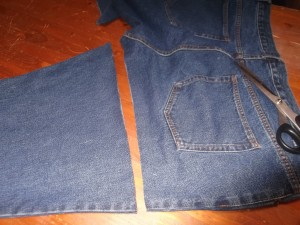 FREE Denim Jeans to Apron Tutorial