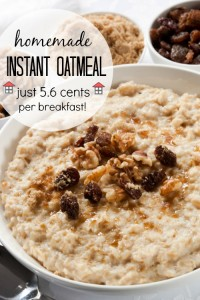 Homemade Instant Oatmeal - Just 5.6cents per breakfast, what an incredible savings! This will be my frugal go-to breakfast from now on.