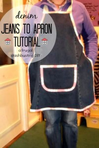 This is so nifty! This denim jeans to apron tutorial will make use of my worn out jeans and make super cute gifts. I can't wait to make some!