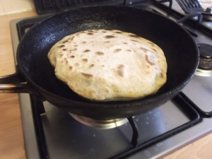 Aloo Paratha .. amazing! Puffed up in the pan