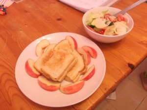 The Diva has landed. Lunch of Toasted sandwich, apple and salad