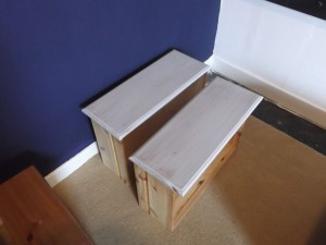 Frugal Chalk Painting for Furniture - set aside to dry