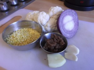 Cauliflower and Lentil Curry- the ingredients